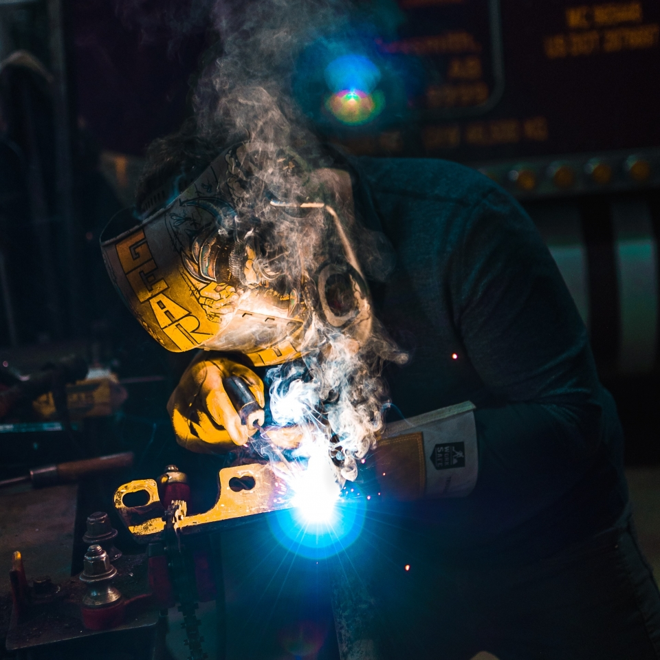 The Best Cutting Technology for Custom Metal Fabrication